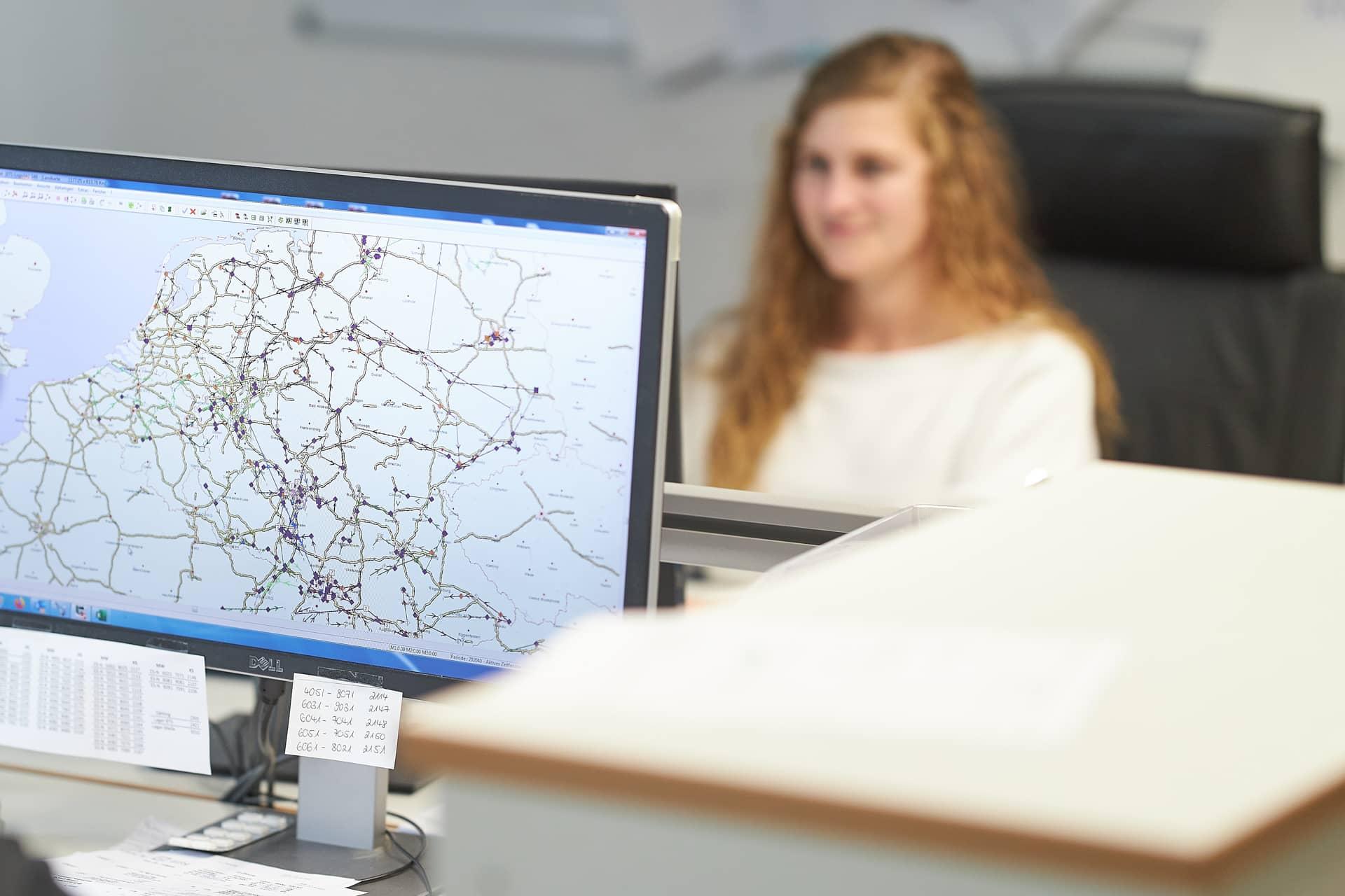 BTS Logistik Planung und Kontrolle Möbeltransport